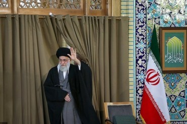 Leader Highlights Islamic Establishment's Services to Iranian Nation